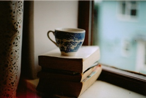 books-coffee-cup-tea-Favim.com-353488